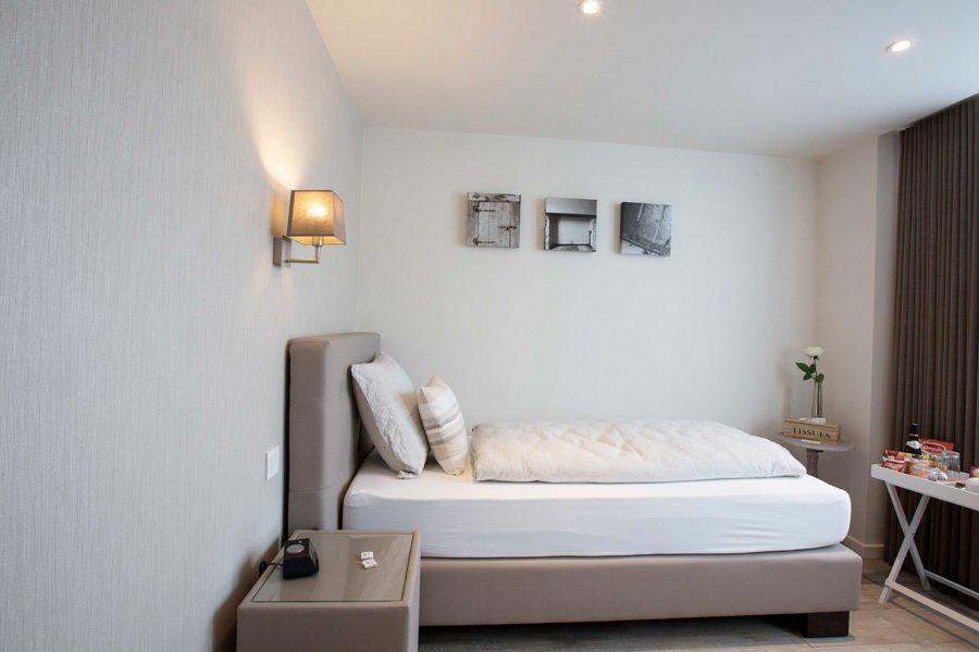 """Kamer """"de Rakel"""" - Eenpersoonskamer met badkamer en eigen terras"""