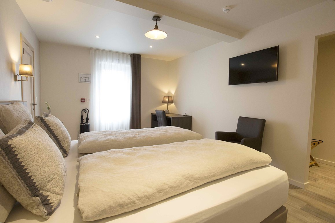 "Kamer ""de Slinger"" - Tweepersoonskamer met aparte badkamer en eigen terras"
